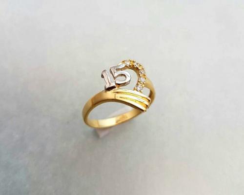 anillos 15 años 2